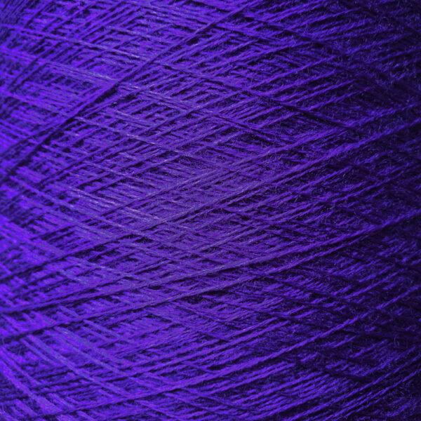 A217 Violett 100% merino picktheyarn.com